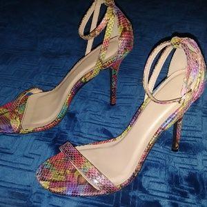 Shoes - Multi color heels